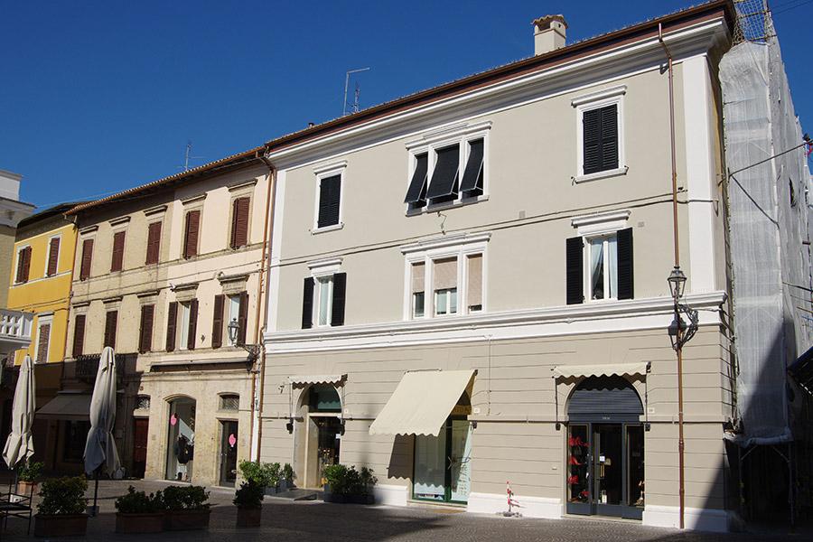 Restauro edificio storico via dei Commercianti Senigallia